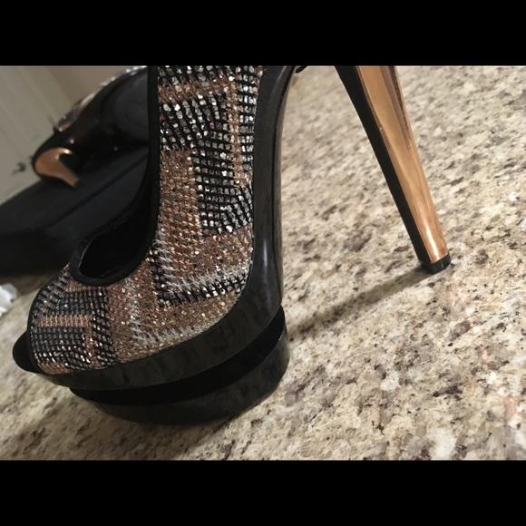 5e865323ff1 Jessica Simpson platform Heel